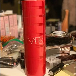 Limited Edition NARS #neverfakeit mascara